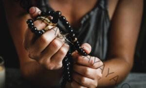 10 formas de fortalecer tus músculos de la manifestación desde tu esterilla de yoga
