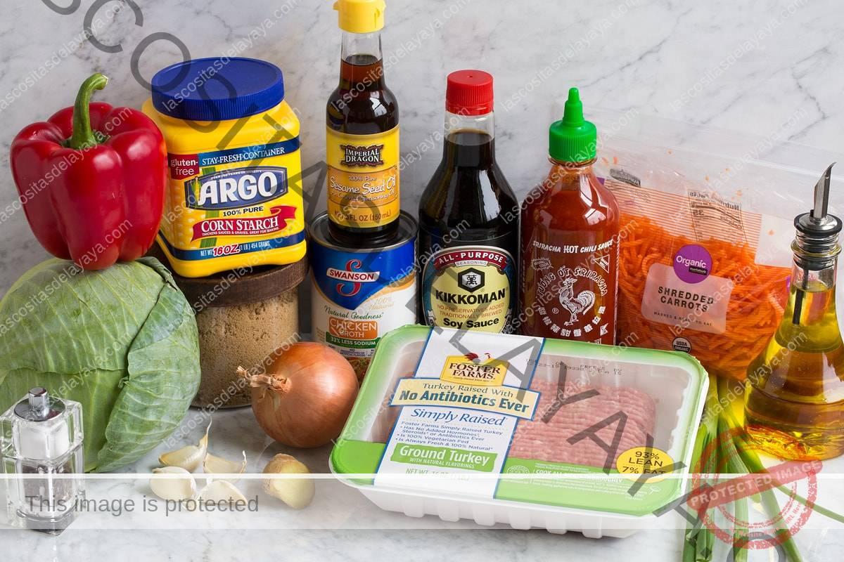 Imagen de los ingredientes que forman parte de la receta de Egg Roll in a Bowl.