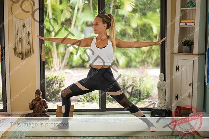 yoga para el dolor de rodilla secuencia-13