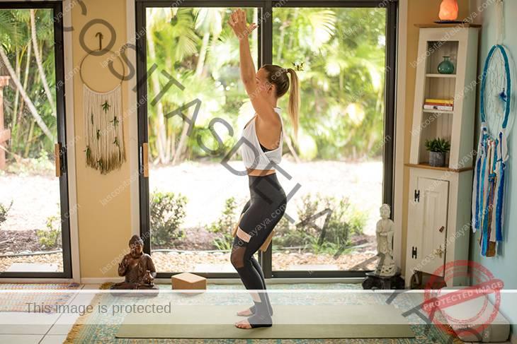 yoga para el dolor de rodilla secuencia-11
