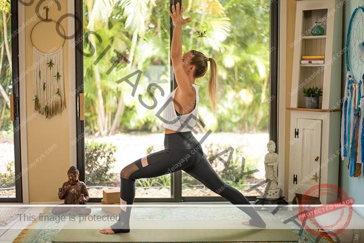 yoga para la secuencia de dolor de rodilla-12