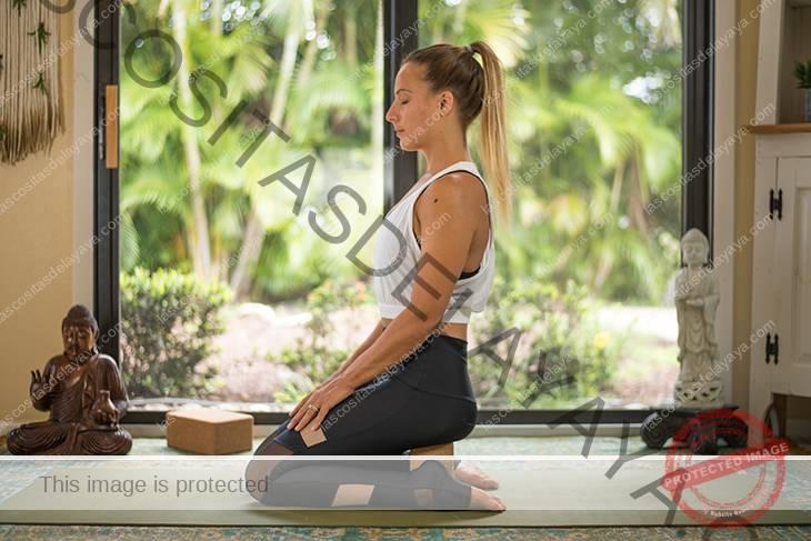 yoga para el dolor de rodilla secuencia-15