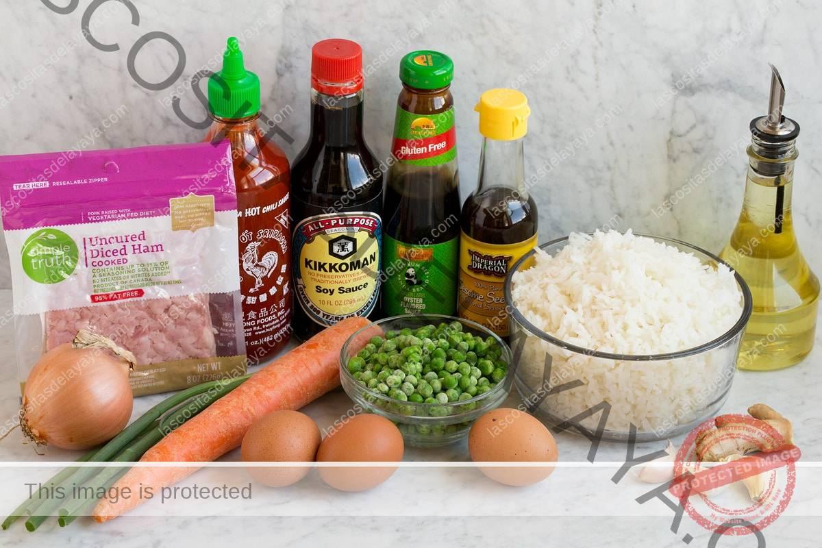 Imagen de los ingredientes utilizados en el arroz frito.