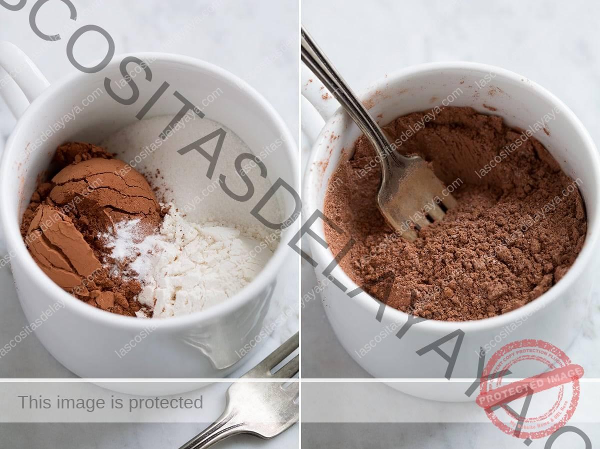 Primer paso para hacer el pastel de taza que se muestra, batiendo los ingredientes secos en la taza.