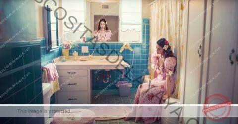 """el baño de selena gomez """"de una vez"""" video musical"""