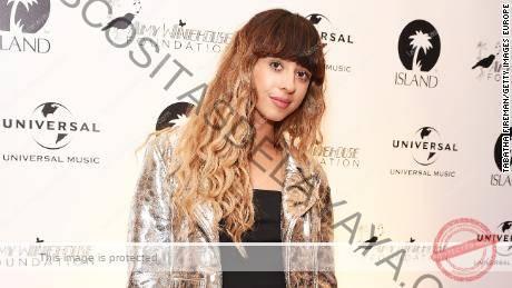 La cantante Foxes se tomó un descanso de la música por un momento, pero regresó con un lanzamiento oficial de EP el jueves.