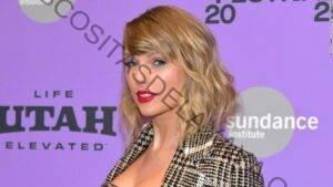 La regrabada 'Love Story' de Taylor Swift vuelve a la cima de las listas