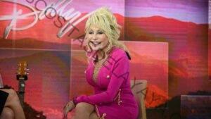 Dolly Parton aún no ha recibido la vacuna contra el coronavirus, a pesar de que donó $ 1 millón para ella