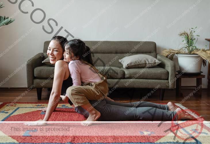 Yoga en casa con niños 1
