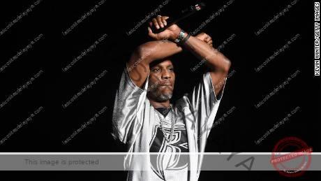 DMX: Vigilia de oración por el rapero mientras permanece hospitalizado
