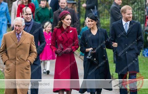 la familia real asiste a la iglesia el día de navidad