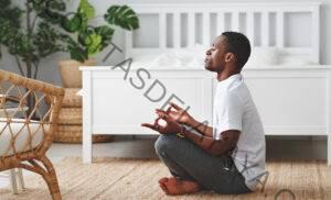 Practica esta secuencia de Yin Yoga para enraizar tu chakra raíz
