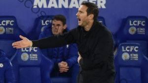 Frank Lampard sale peleando en medio de especulaciones sobre su futuro en el Chelsea