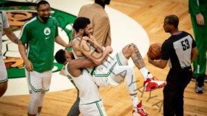 Jayson Tatum de los Celtics empata a Larry Bird con un juego de 60 puntos;  jugadas clave, reacciones