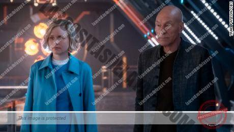 Alison Pill y Patrick Stewart en & # 39; Star Trek: Picard & # 39;