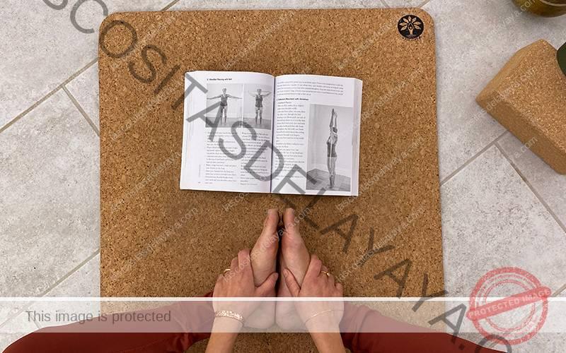 Libro Yoga Bones
